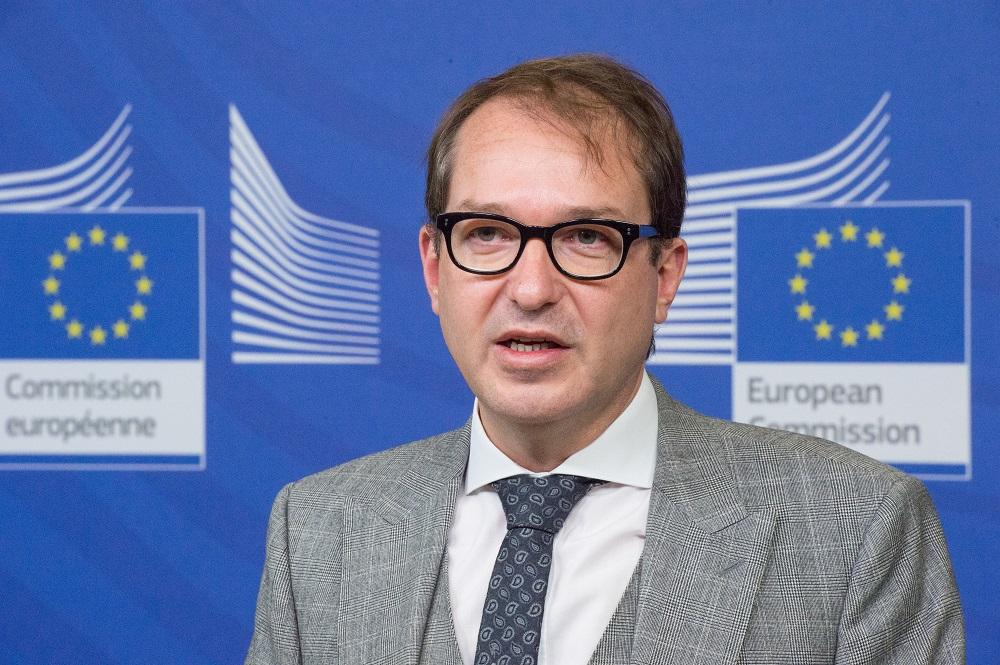Bundesverkehrsminister Alexander Dobrindt (CSU) zu Gast bei Digitalkommissar Oettinger in Brüssel © European Union, 2016 / Photo: Lieven Creemers