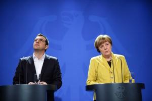 Bundeskanzlerin Angela Merkel (CDU) und der griechische Ministerpräsident Alexis Tsipras / Foto: Bernd von Jutrczenka/dpa