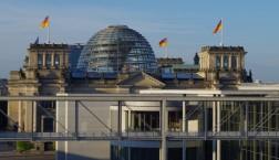 Bundestag, Morgens um 7 (c) Falk Steiner