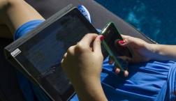 Anwendungen für Tablets und Smartphones werden von Datenschützern oft kritisiert © European Union 2012 - EP