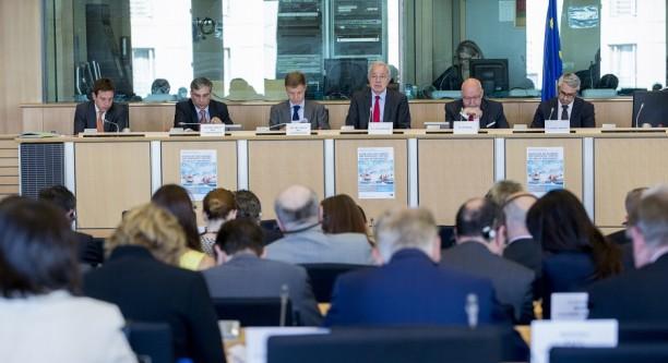 TAXE-Sonderausschuss des EU-Parlaments © European Union 2015 - EP