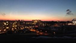 Ein Winter-Sonnenuntergang über dem Kanzleramt. (c) Nadine Lindner